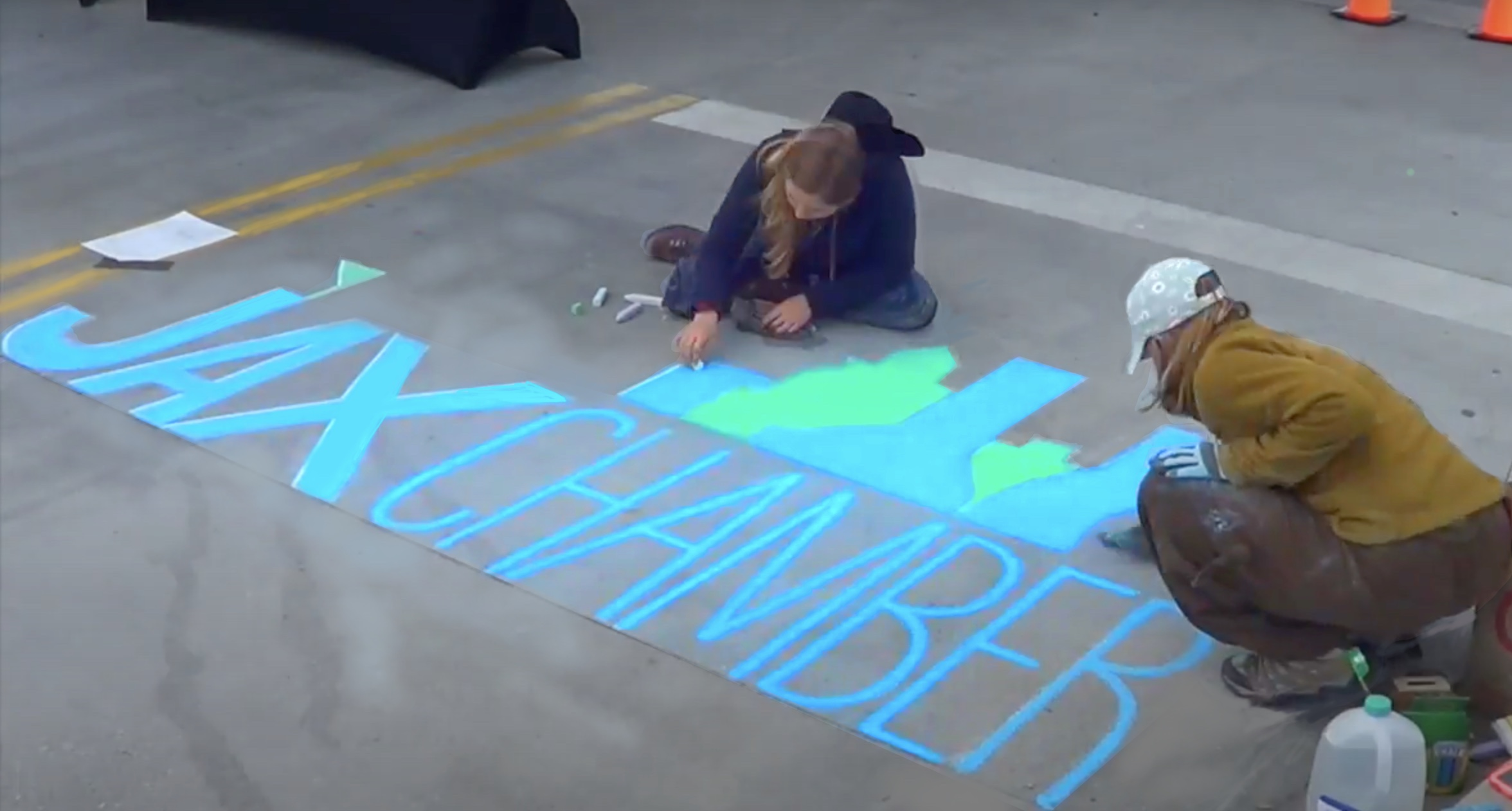 JaxChamber @ Intuition Ale Works - Heartspace art creates chalk mural for 133rd jax chamber gathering - Murals with a Message